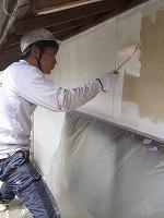 5-4外壁ダイナミックフィラー中塗り塗布1