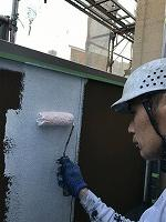 8-25外壁ソフトサーフ中塗り塗装(2)
