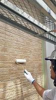 8-6外壁東西南面UVプロテクトクリヤー上塗り3回目塗装1