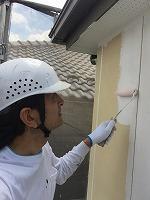6-6外壁中塗りソフトサーフ塗布 (3)
