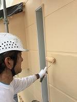 9-19外壁1階ガイナ上塗り2回目塗布 (3)