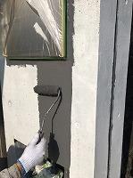 8-21外壁南面ファインSi上塗り1回目塗装(2)