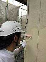5-3外壁エポキシ系シーラー下塗り塗布2