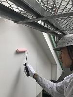 6-10外壁下塗りミラクシーラーECO塗布3