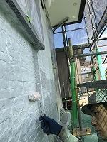 9-23南面、壁面(SK水性ソフトサーフ)中塗り塗装2回目2