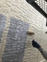 9-23壁面(ニッペ4Fフッ素)上塗り塗装1回目5