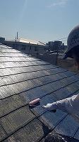 9-25屋根下塗りミラクシーラーECO塗布 (1)