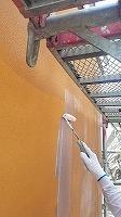 8-27外壁下塗りミラクシーラーECO塗布 (1)