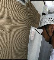 8-25外壁ソフトサーフ中塗り塗装(3)
