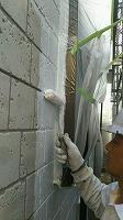 6-23外壁中塗りダイナミックフィーラー塗布(1)