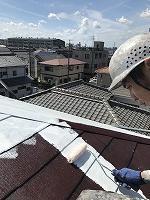 9-13大屋根サーモアイシーラー中塗り塗装(2)
