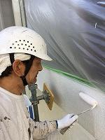 5-27外壁上塗りガイナ塗布 (1)