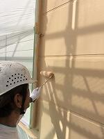 9-19外壁1階ガイナ上塗り2回目塗布 (1)