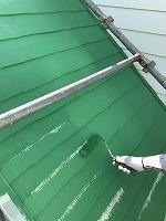 6-9屋根(ガイナ)上塗り塗装2回目2