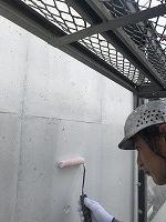 8-6壁面(カンペアレスダイナミックフィラー)中塗り塗装2回目1