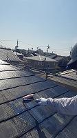 9-25屋根下塗りミラクシーラーECO塗布 (2)