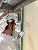 6-5外壁エポキシ系シーラー下塗り塗布3