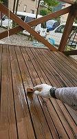 ウッドデッキ上塗りガードラックPROステイン塗布1回目 (1)