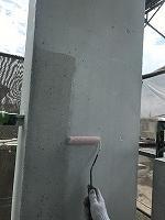8-12外壁中塗りダイナミックフィラー塗布2回目 (3)