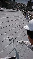 8-26屋根上塗りガイナ塗布2回目 (2)