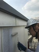 8-29外壁ラジカルコートパーフェクトトップ上塗り1回目塗装(3)