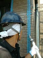 5-29外壁シール工事のシール充填作業