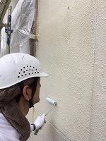5-24外壁エポキシ系シーラーエコ下塗り塗布3