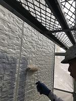 9-23壁面(ニッペ4Fフッ素)上塗り塗装1回目6