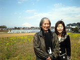 富士山をバックに3