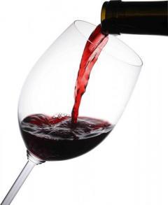 少量の酒でもがんリスク5%増 1日ワイン1杯程度でも