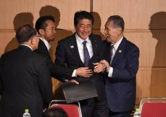 安倍首相、森会長を絶賛 五輪成功へ「全力で支援」