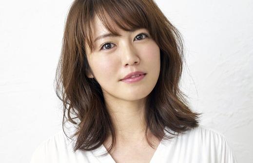 isoyama sayaka_top