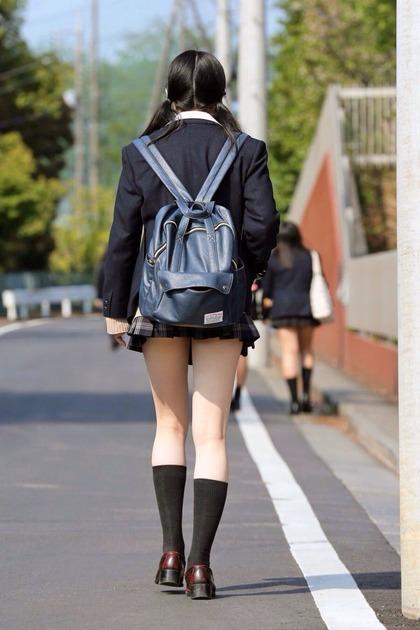 ミニスカ女子高生_エロ4