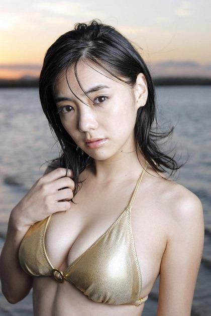倉科カナとかいうお○ぱいぶるんぶるんのどスケベ女