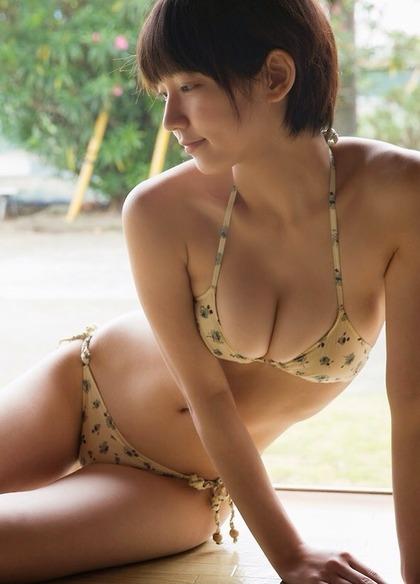 yoshioka-riho-1005-top-001