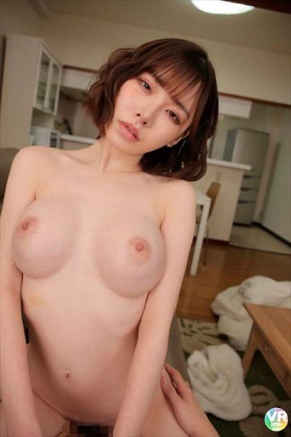 深田えいみ_9