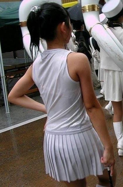 透け制服中学生エロ画像3