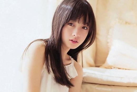 hashimoto_kanna_1205_top