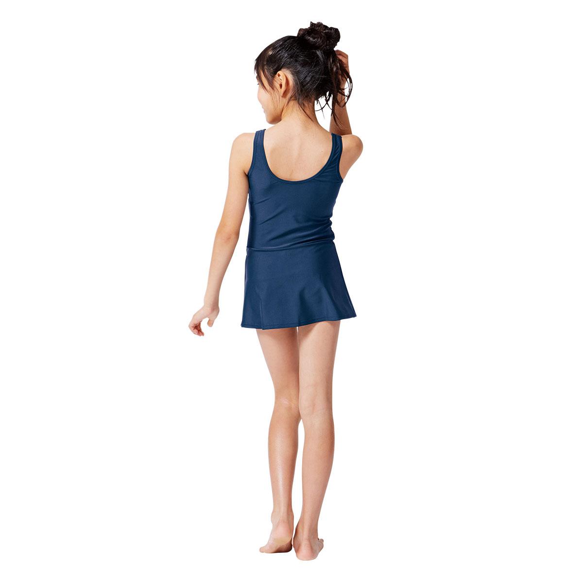 下着フェチに捧ぐの女生が露出の激し過ぎるエロい服装の画像