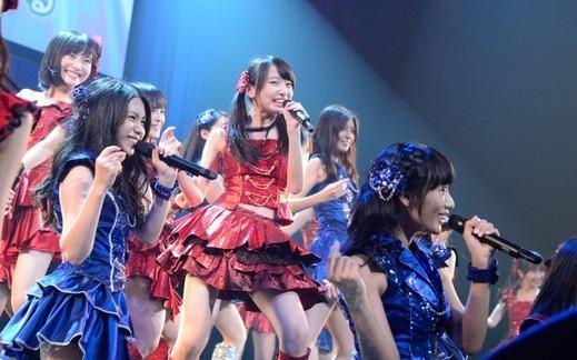 AKB48 1221 top