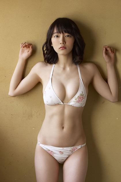 吉岡 里帆 エロ