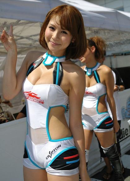 レースクイーン エロ