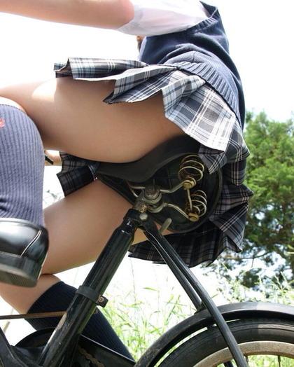 jk 自転車 エロ12