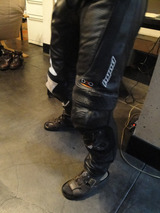 バイク専用スーツ2