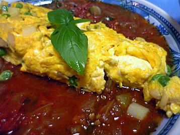 スペイン風オムレツonトマトソース