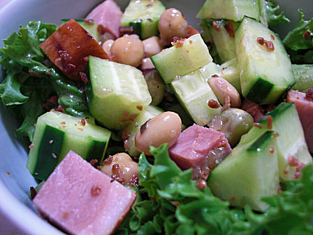 焼き豚と豆のサラダ
