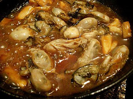 牡蠣土手焼き作成中