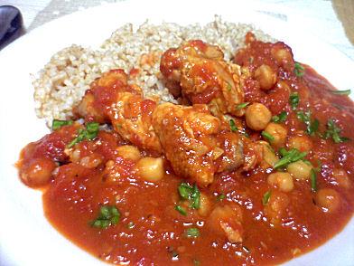 チキンとひよこ豆のトマト煮+玄米ご飯