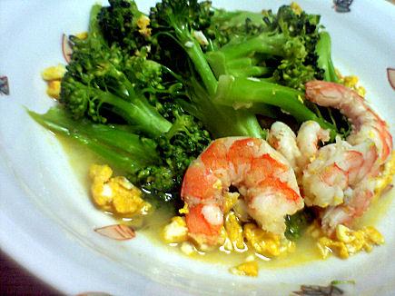 ブロッコリーと海老の炒め煮