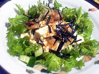 わさび菜とジョニ男の和風サラダ